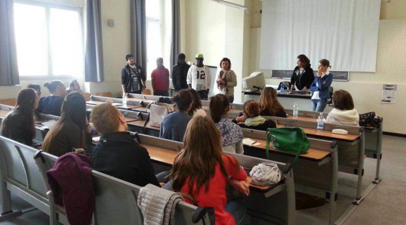 Rifugiati: professori per un giorno.